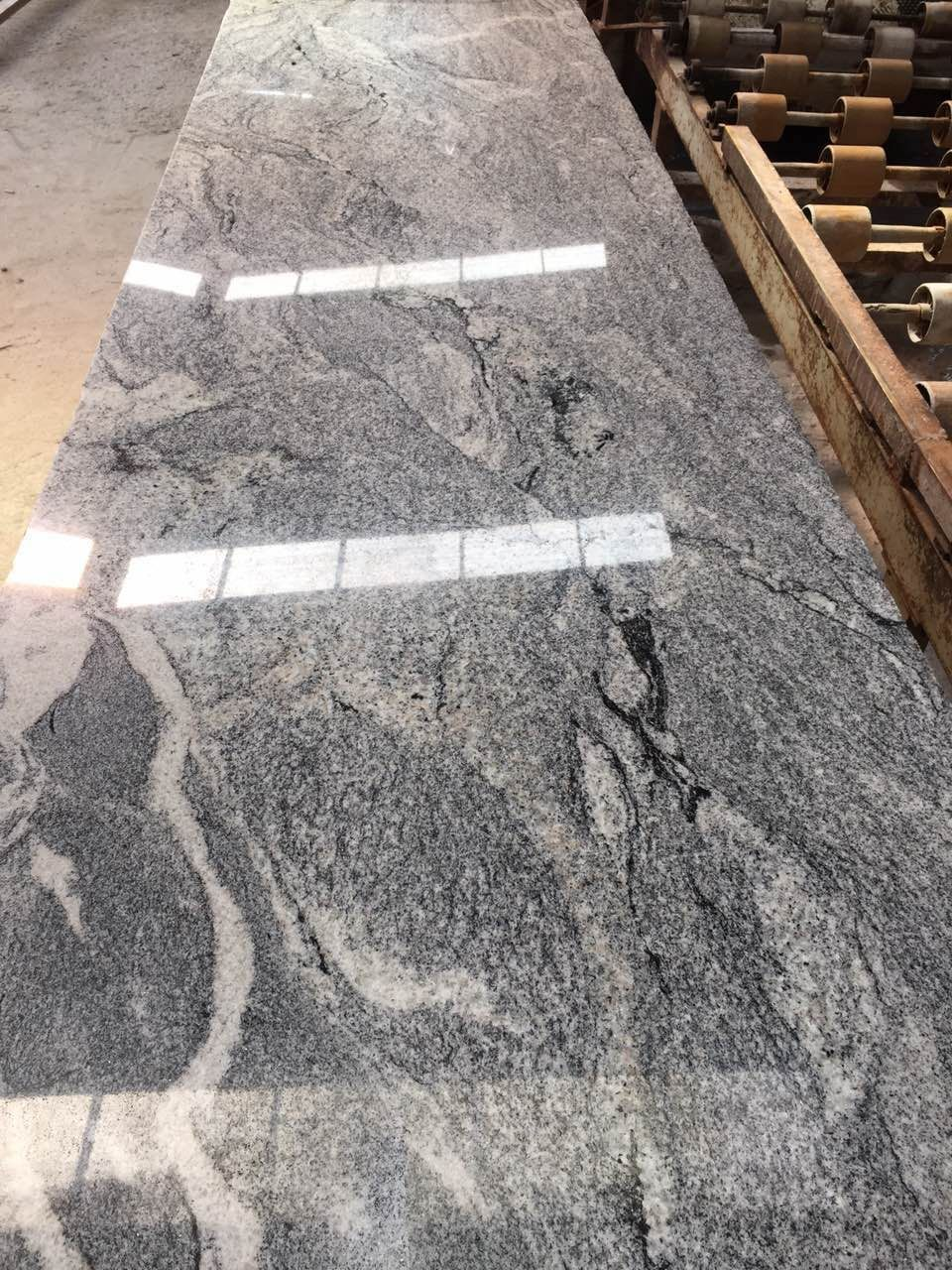 China Juparana G416S TIGER STONE Polished Granite Slabs