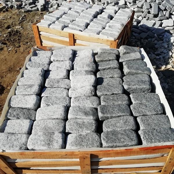 China Grey Granite Split and Tumbled Cobbles