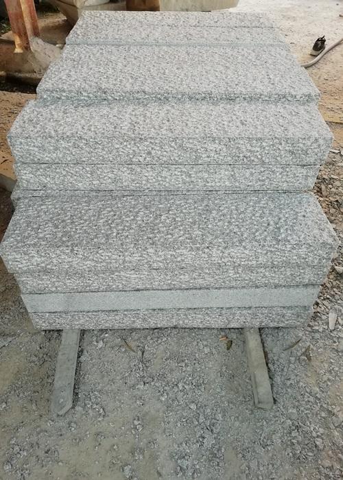 Rough Bush Hammered G603 Granite Tiles
