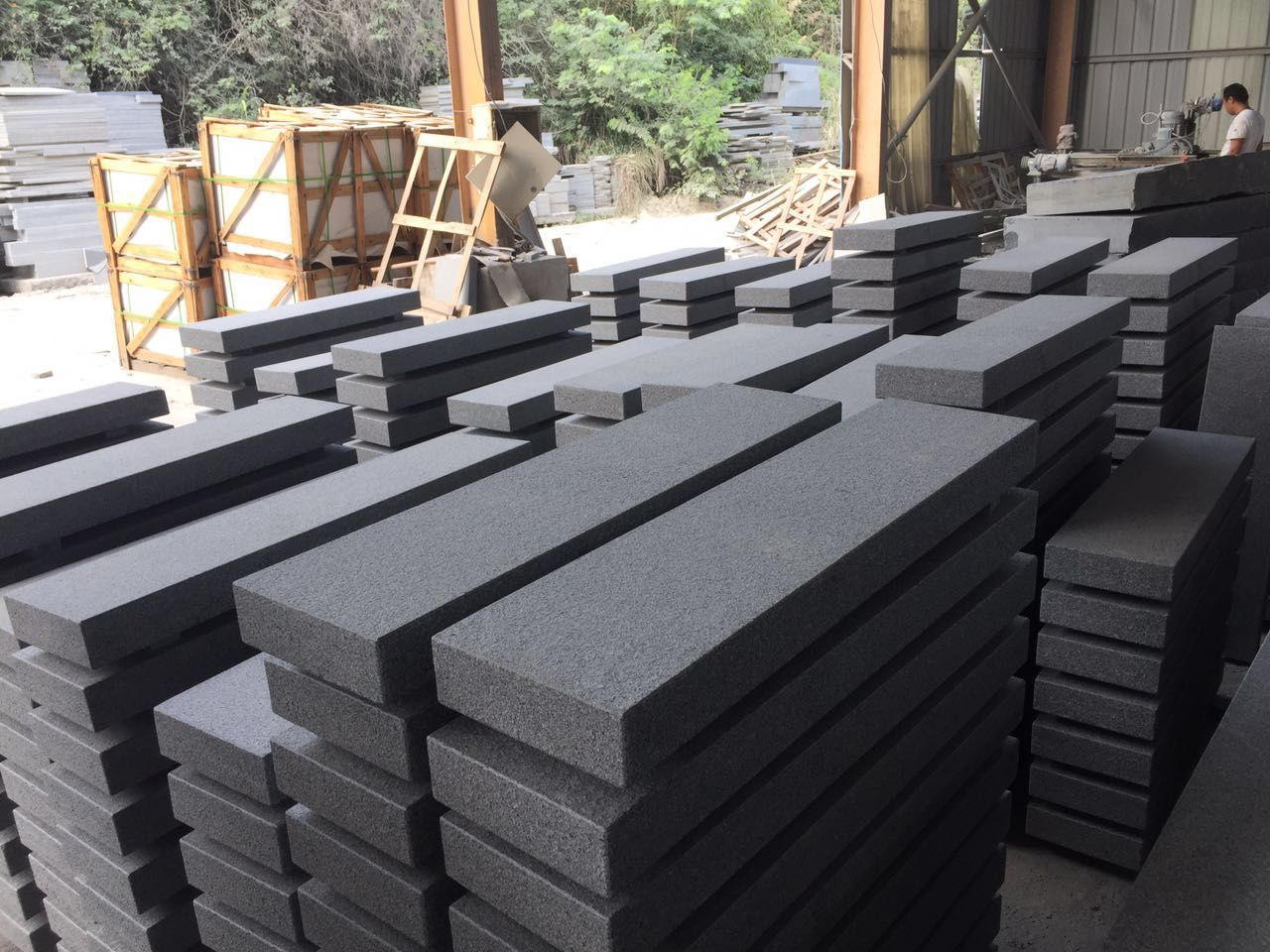 Chinese G654 Granite Kerbstone