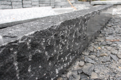 G654 kerbstone pineappled