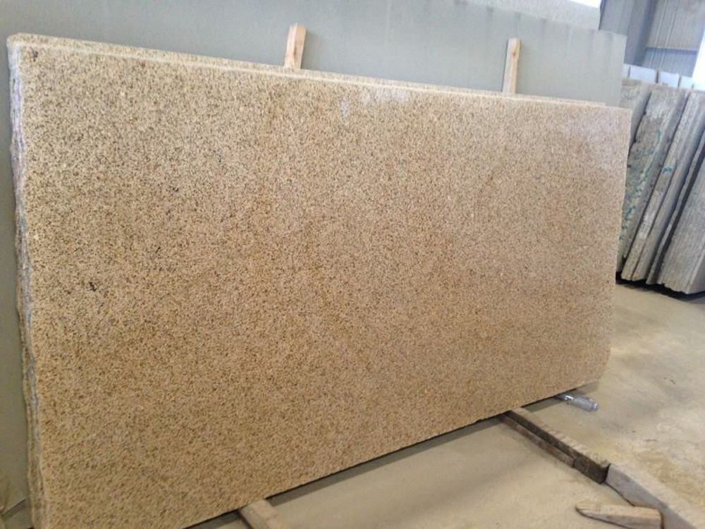 G682 Chinese Yellow Polished Granite Slabs