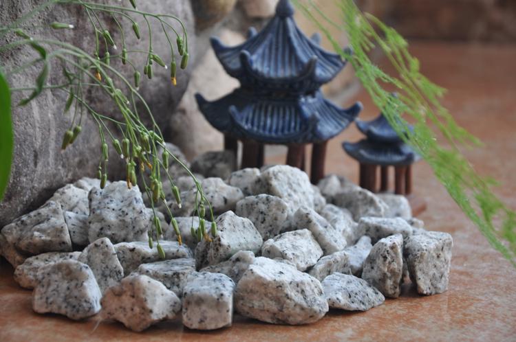 sesame white pebble gravel stone GS-018