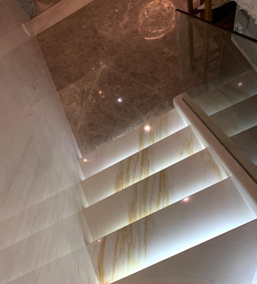 Golden Silk Ariston White Marble Stairs