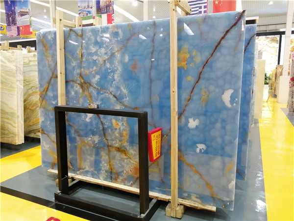 Golden Blue Onyx Slabs Tile