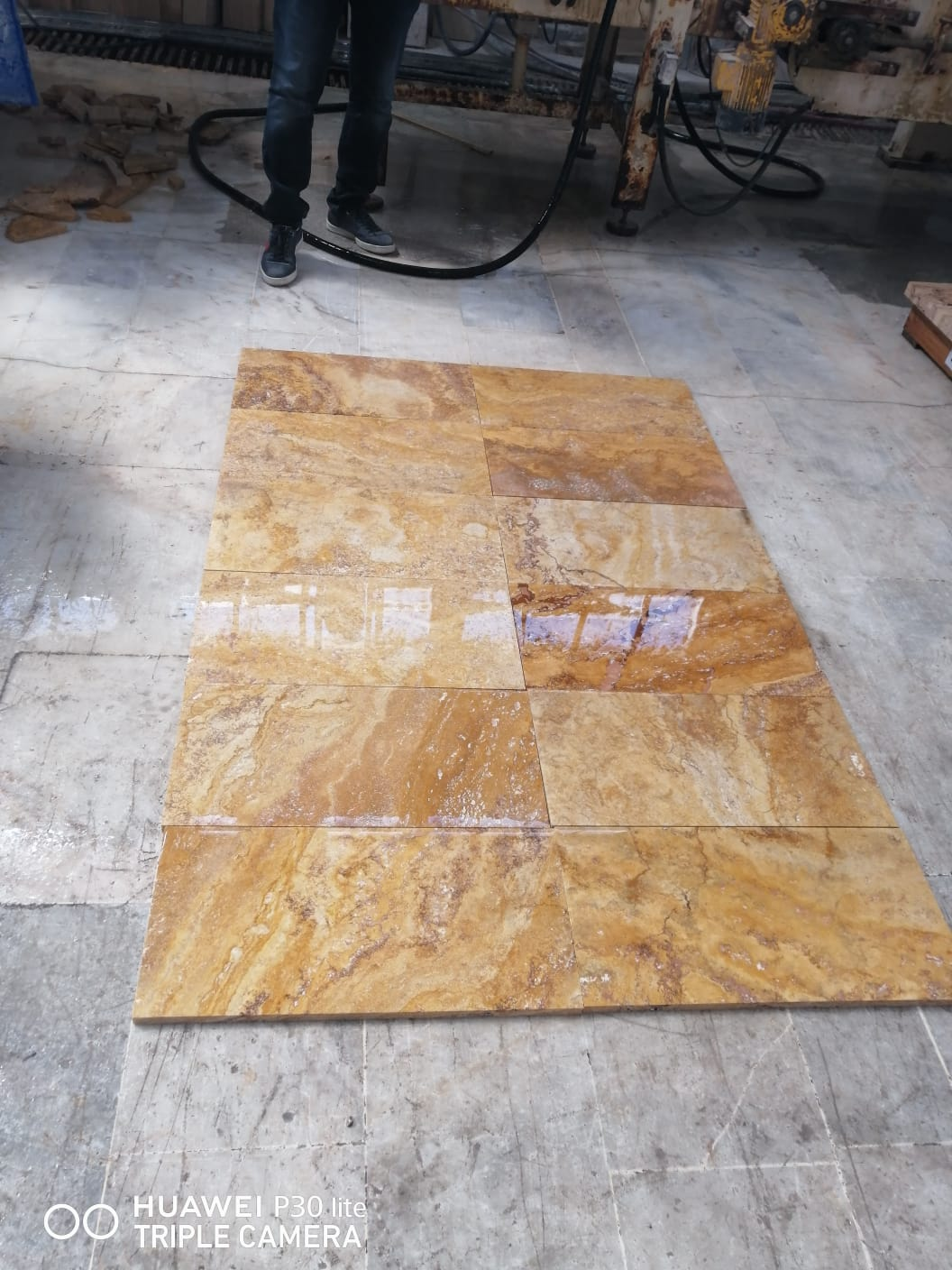 Golden Yellow Travertine Tiles