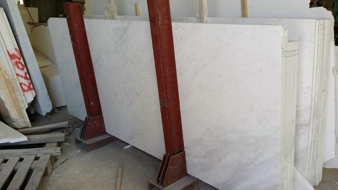 Greek white marble Zet Tavili
