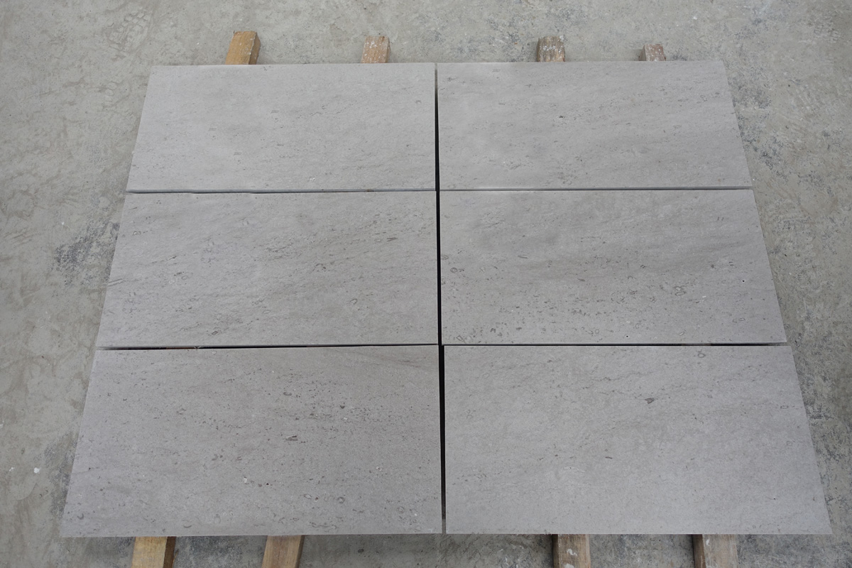 Guangxi Grey Travertine Stone Tiles for Flooring