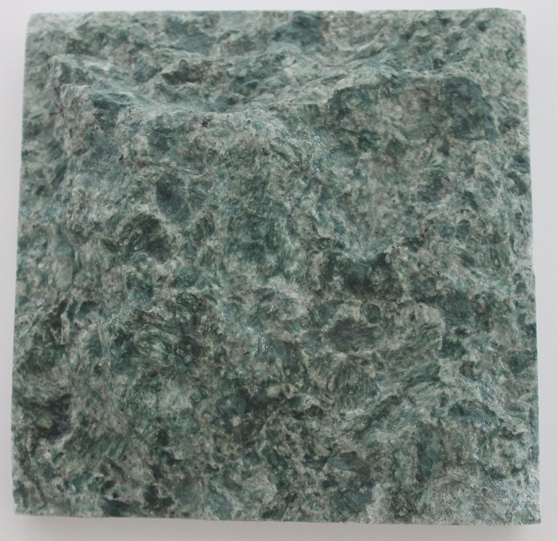 Green Stone Hijau Natural Rock Face