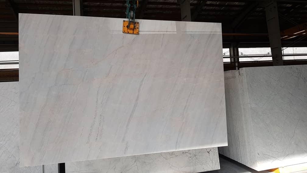 Carrara White Persian scato
