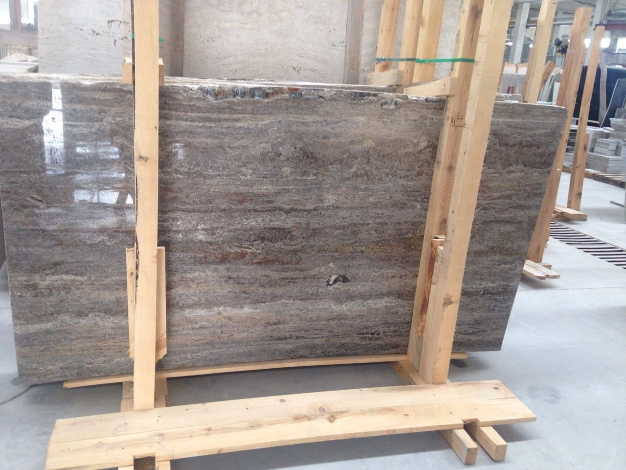 Silver Travertine Veincut
