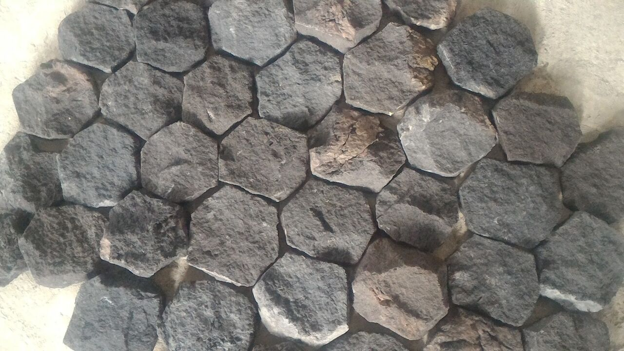 Bali Black Lava Stone Scaled Cultured Stone