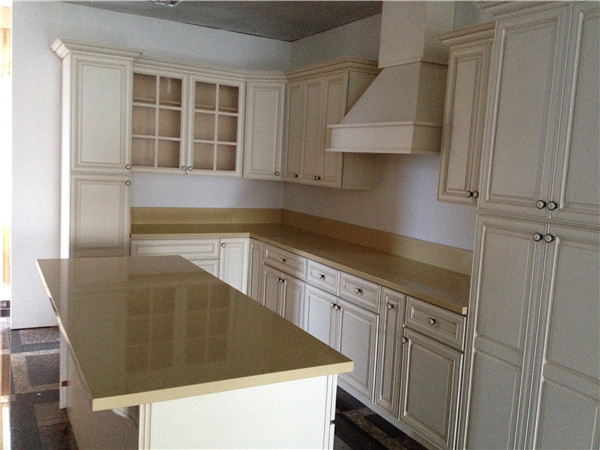Quartz stone slab and counter top