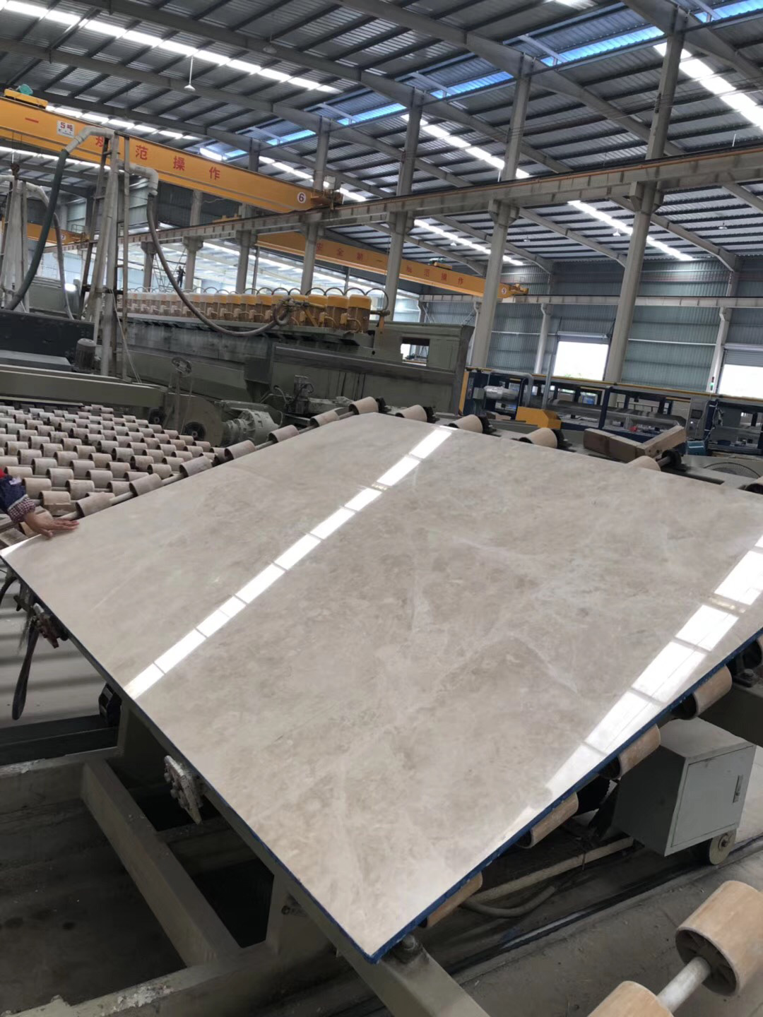 Kaman Beige Marble Slabs from China