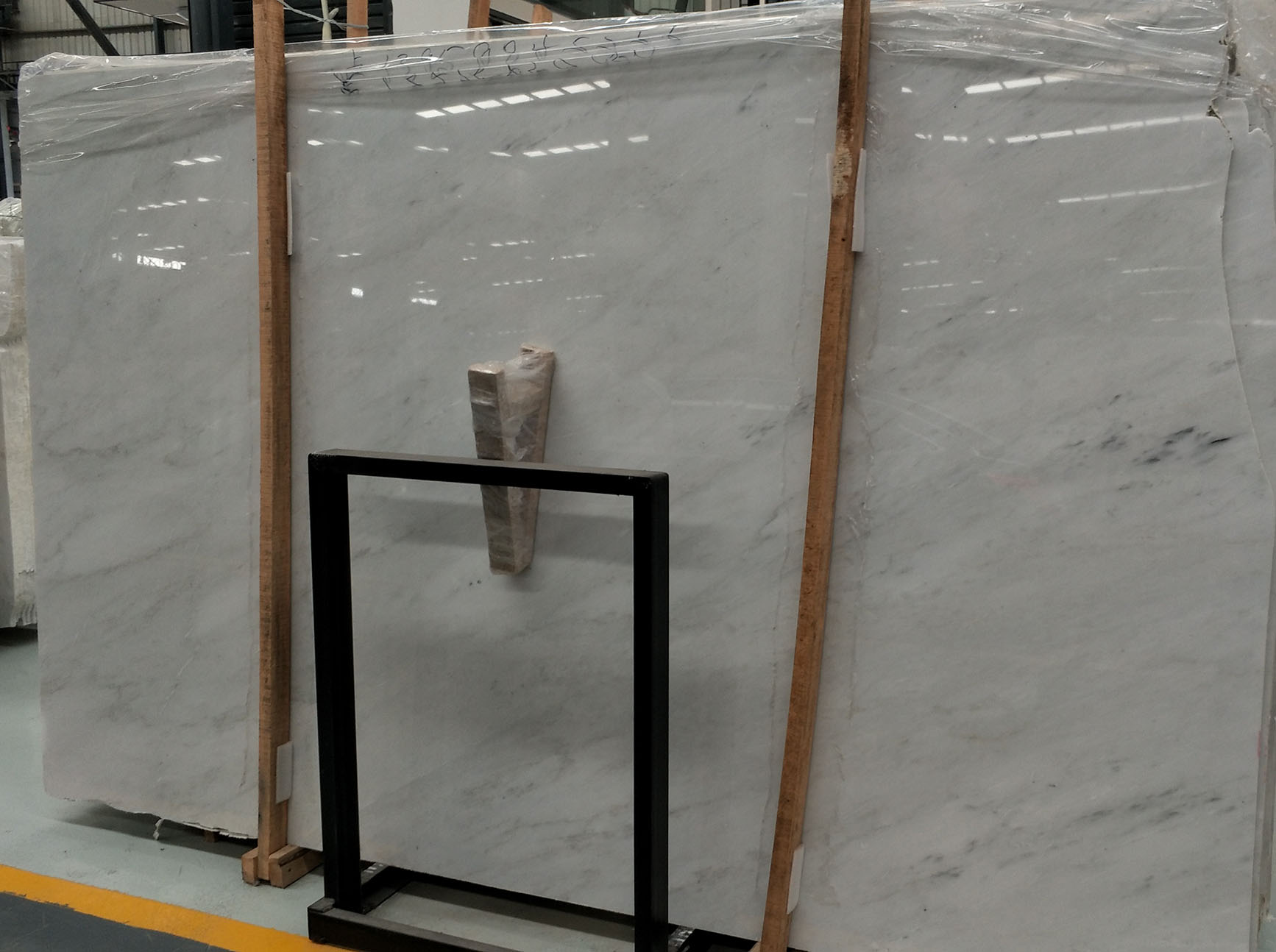 good quality chinese carrara white marble slab