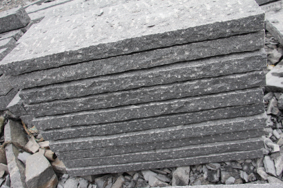 Pineappled G654 Dark Grey Granite Palisade for Garden  Park