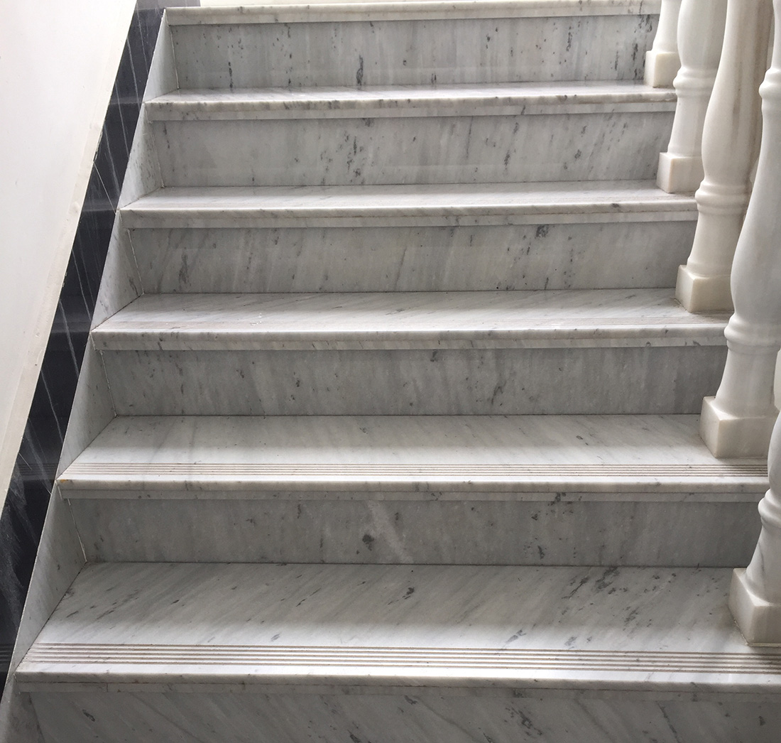 High Quality Step Stairs Stone Marble Factory Customize