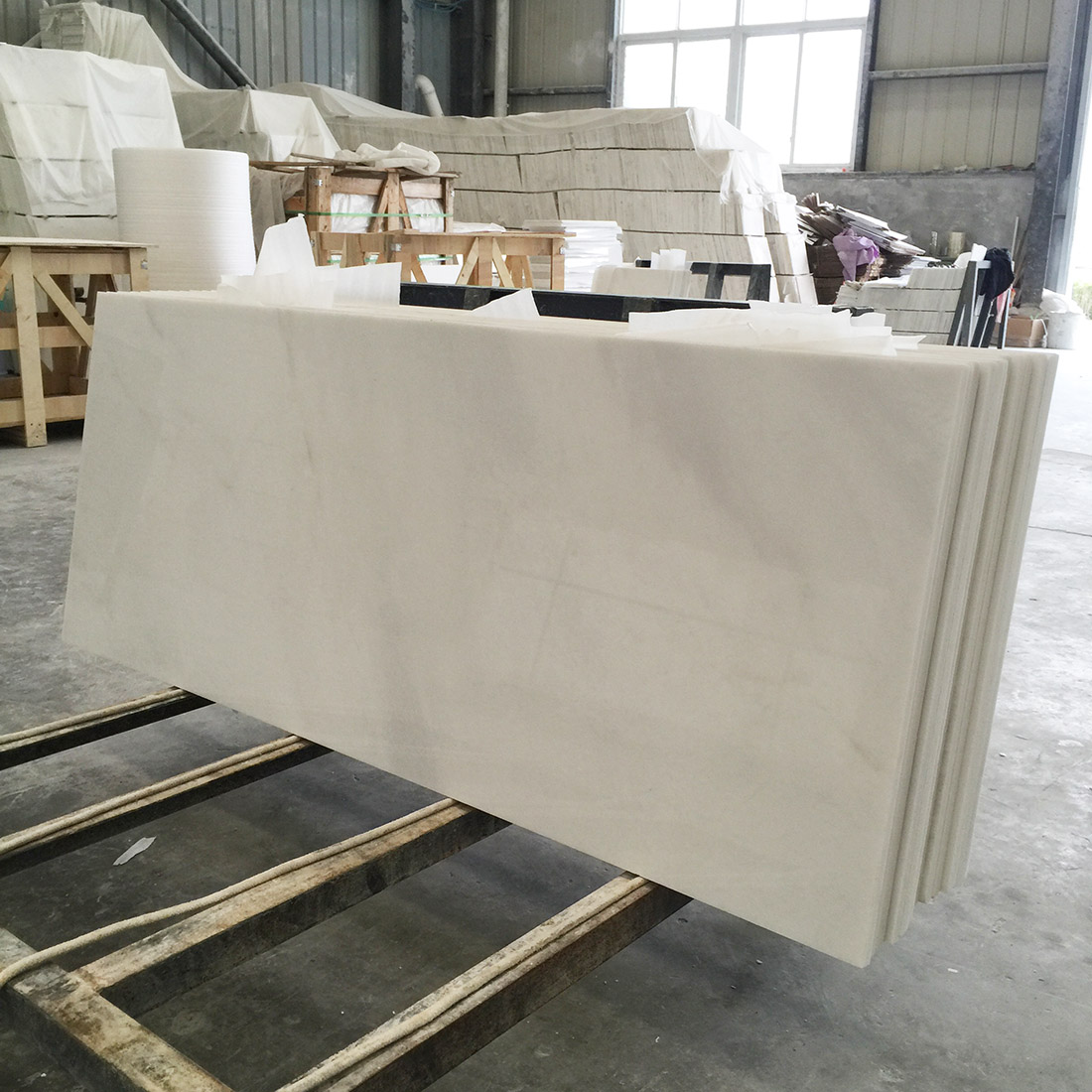 White Marble Tiles and Slabs from China for wall and floor decoration