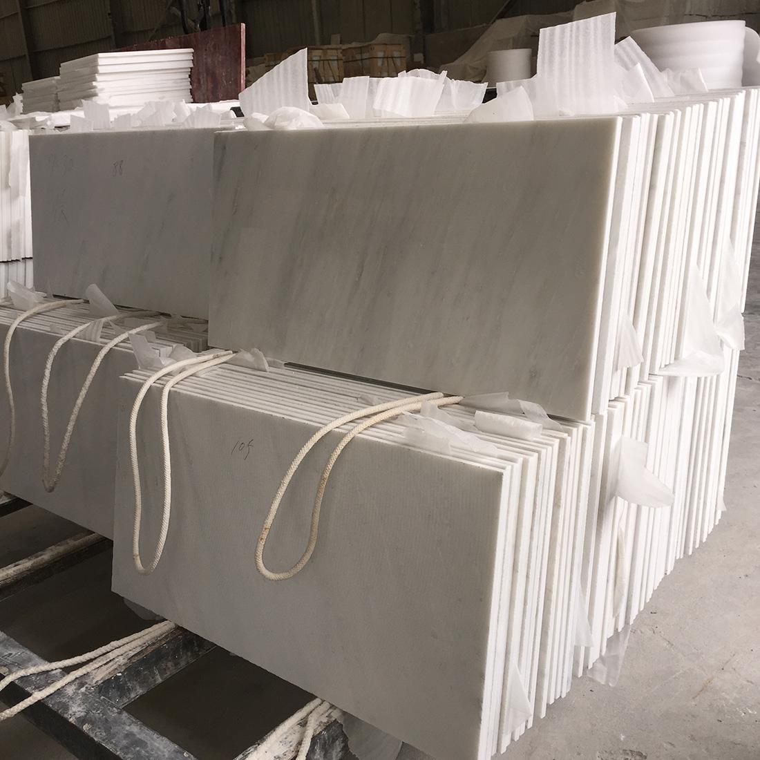 30 60 white marble tiles