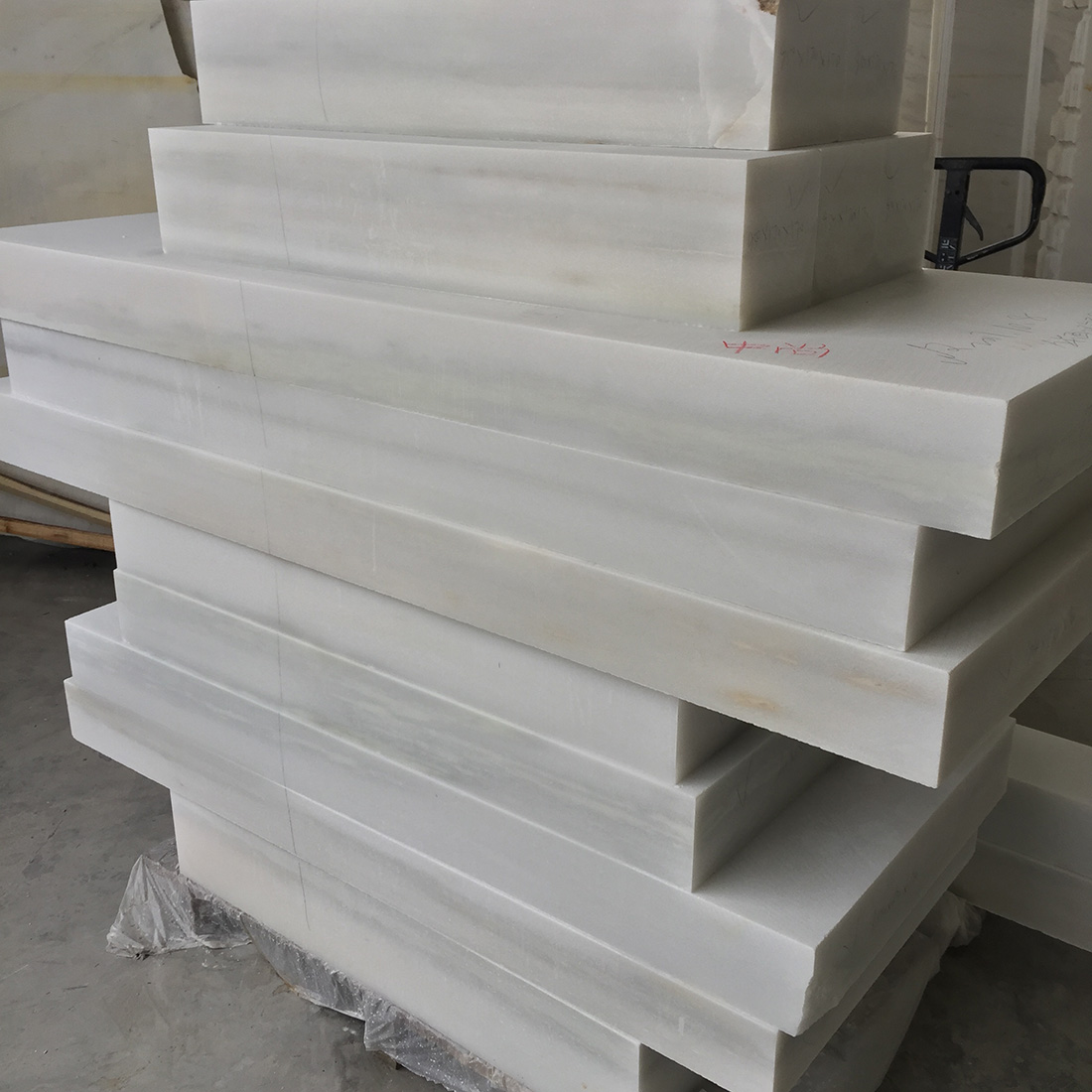 China White Natural Marble Sculpture Material