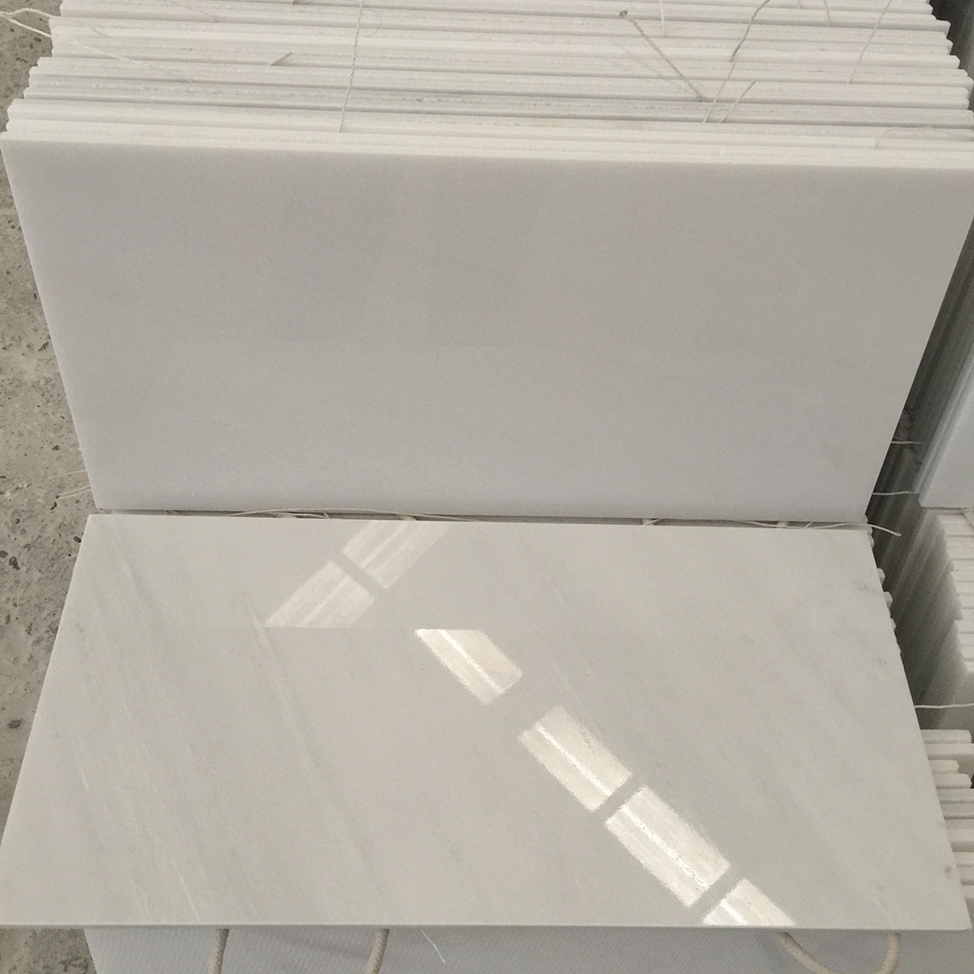 White marble tiles China White Jade