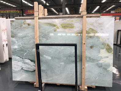 Chinese Dreaming Green Marble Slab Background Wall Bookmatched