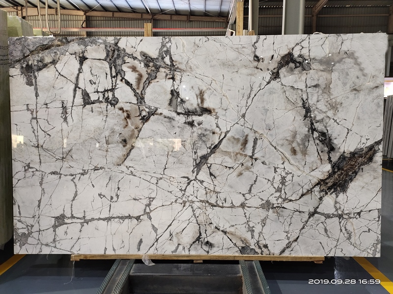 Invisible Grey Quartzite Invisible Grey Gold Quartzite Invisible Grey-Gold Quartzite Slabs