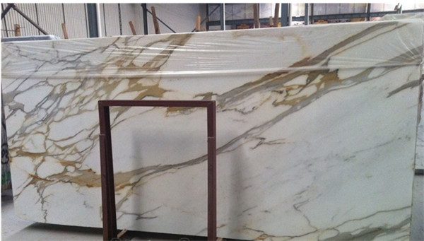Italian Modern Calacatta golden Marble Slab