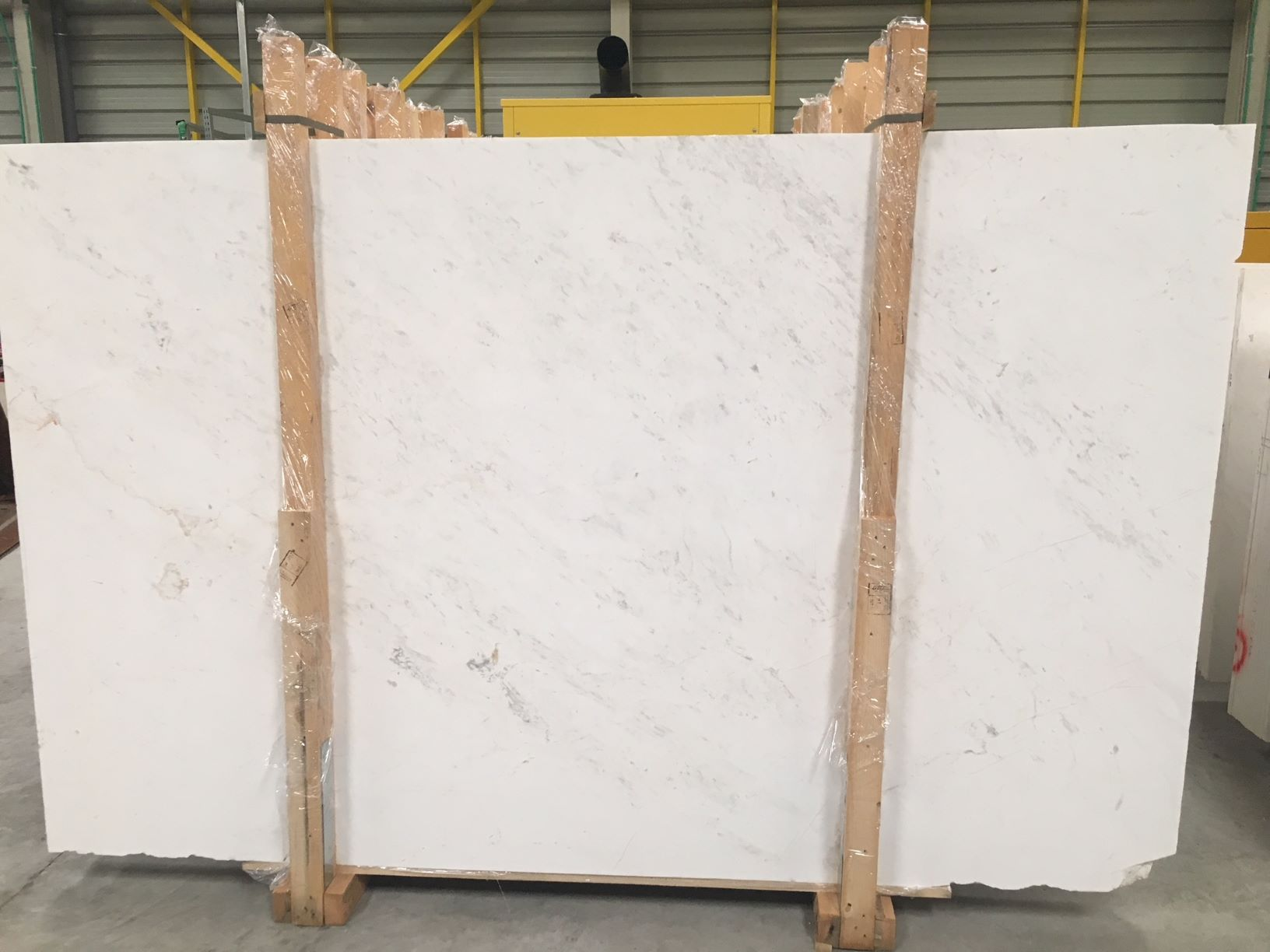 Kyknos White Polished Marble Slabs