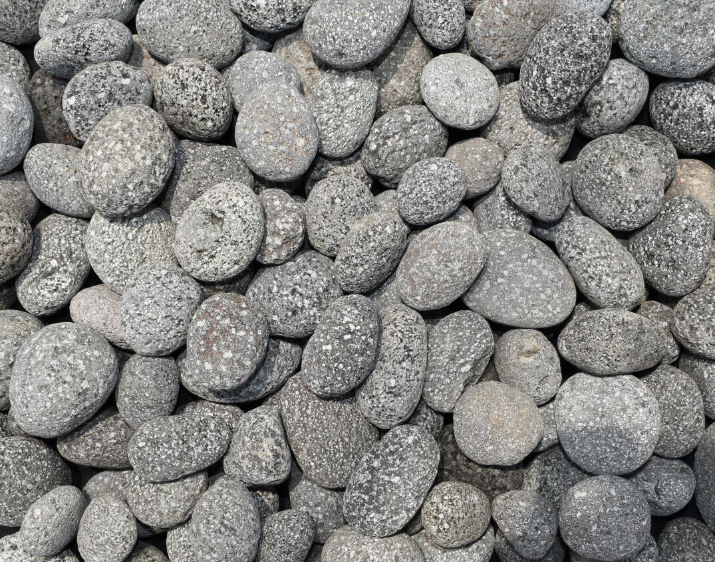 Indonesia Black Lava Pebbles Stone