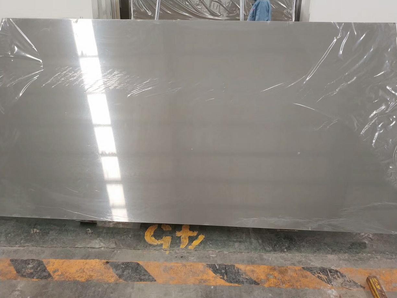Artificial light grey quartz stone slabs