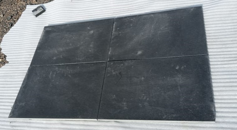 Limestone Black Natural - DRY Tiles