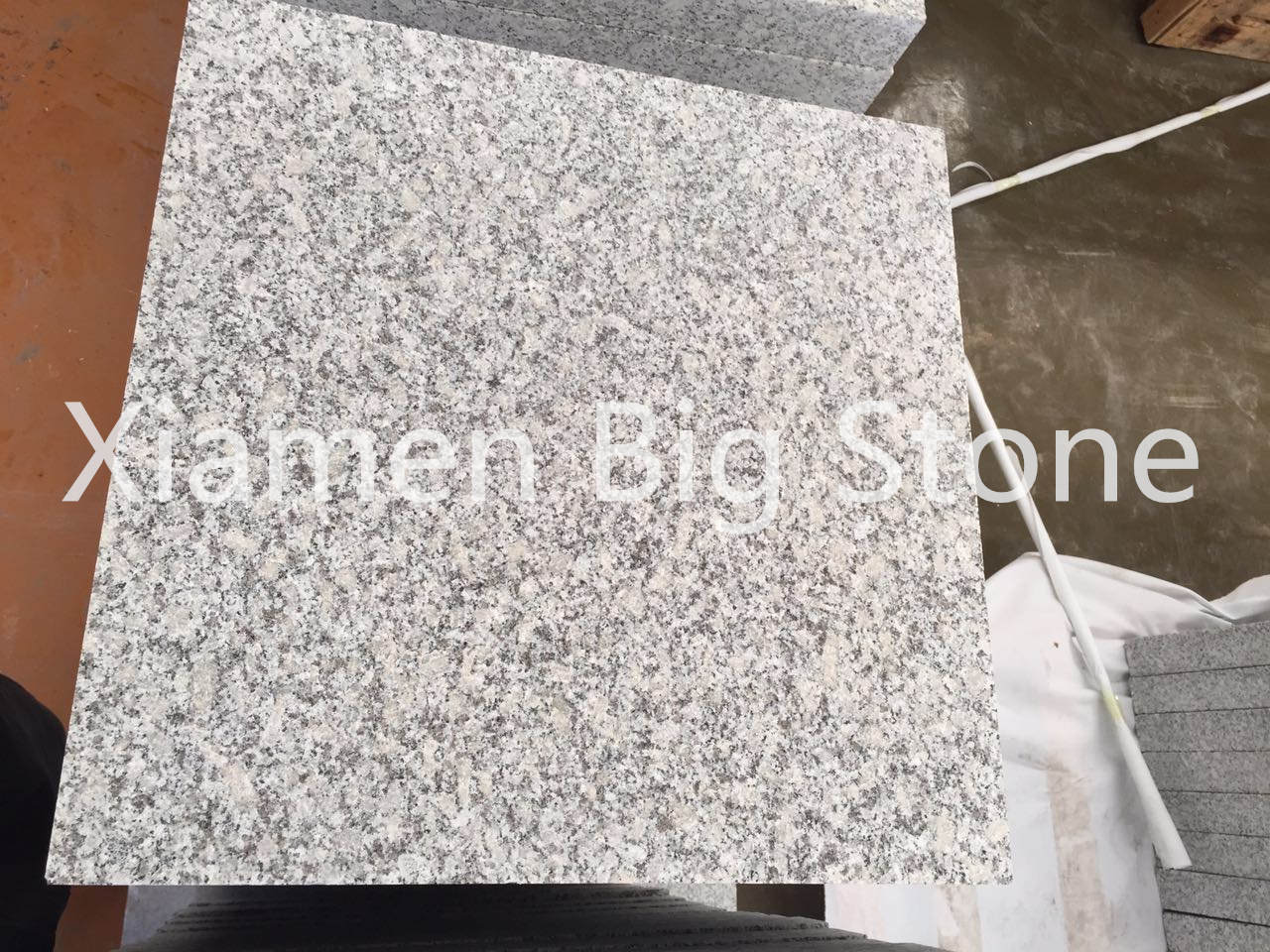 Macheng G602 Flamed Tile