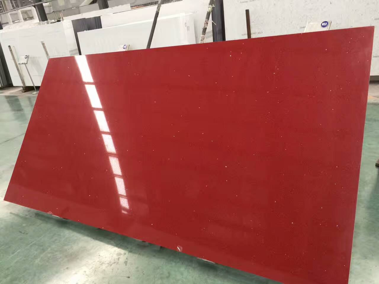 Red color quartz slabs with mirror