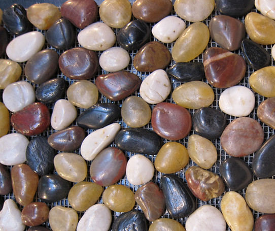 Mixed pebble
