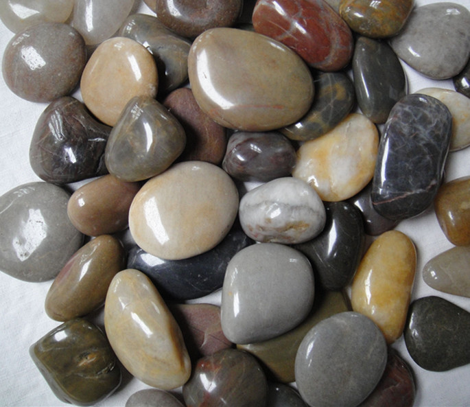 Mixed polished pebble