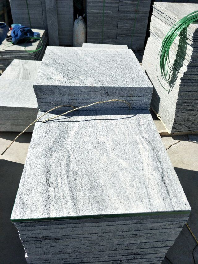 Mountain White Granite Tiles