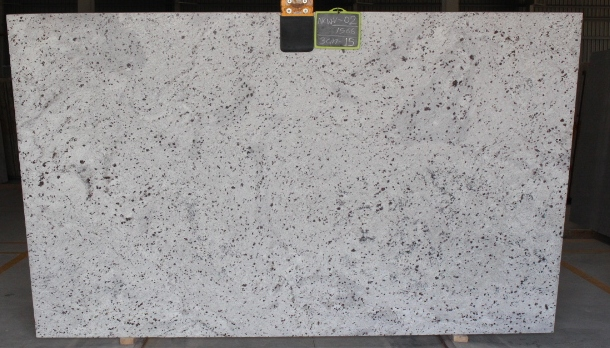 New Colonial White Granite Slabs