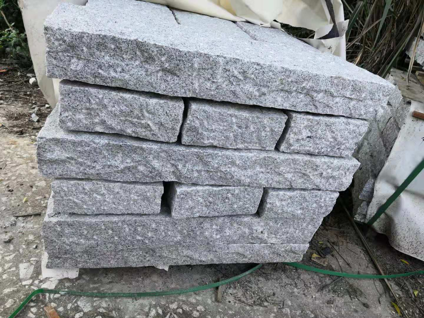 Palisades Stone for Outdoor Decoration