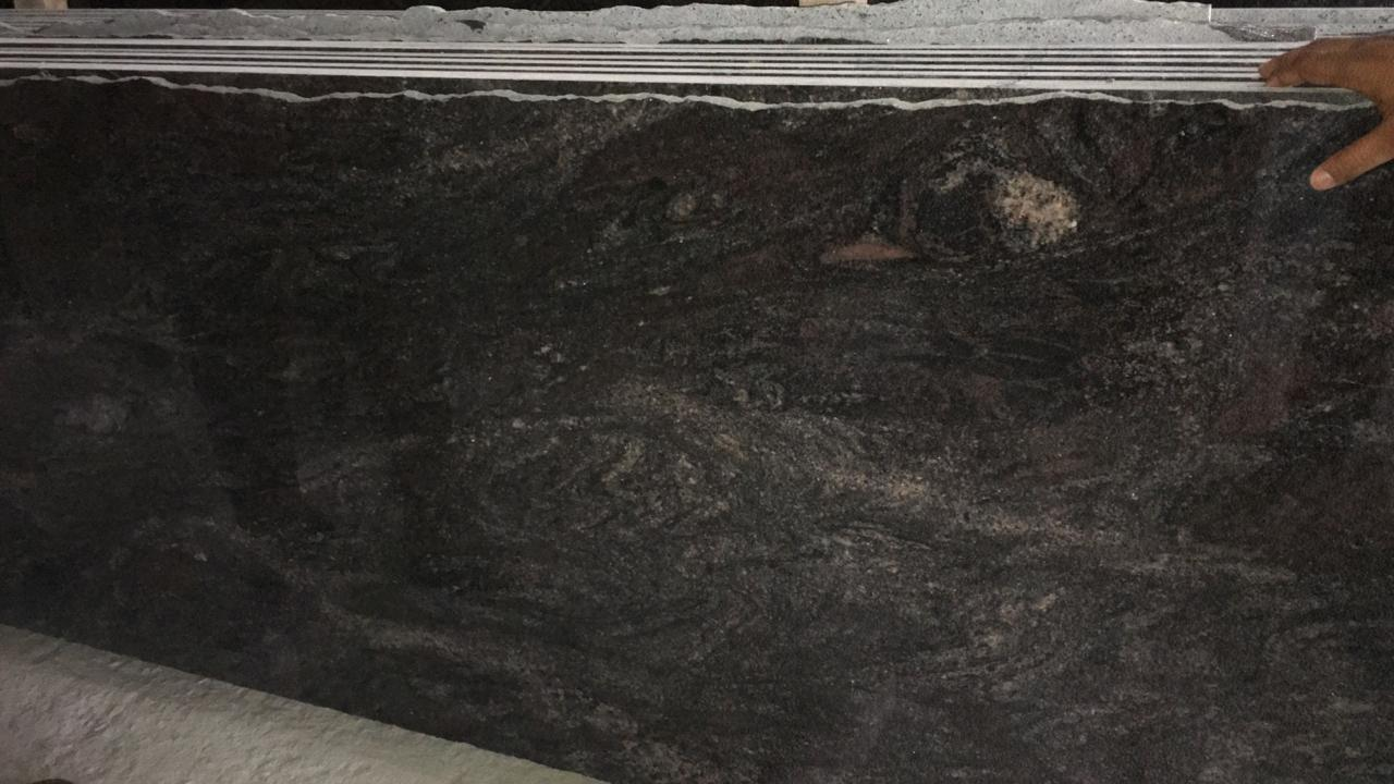 Paradiso Polished Granite Slabs