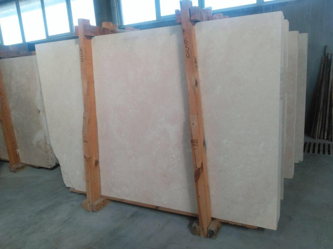 Premium Light Crosscut Travertine Slabs