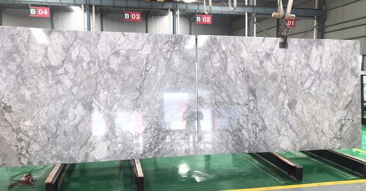 Natural Brazilian Extra Super White Calacatta Quartzite Slab Stone