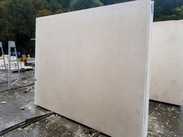 Limestone Vratza Slabs - R1 Botique