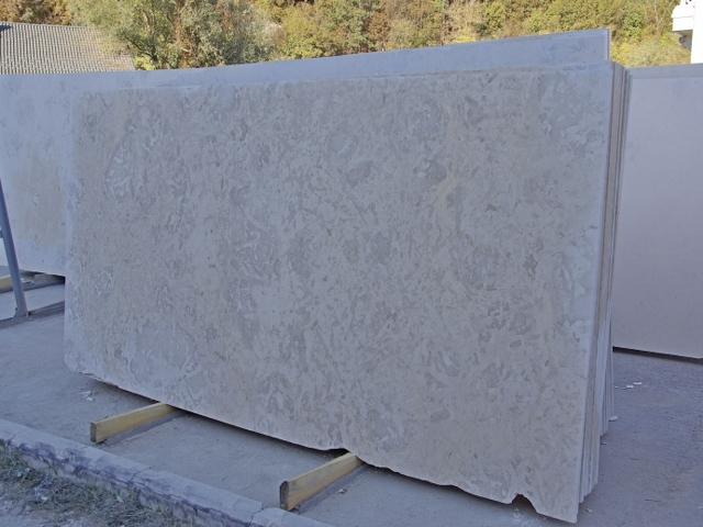 Limestone Vratza Slabs - R4 Commercial