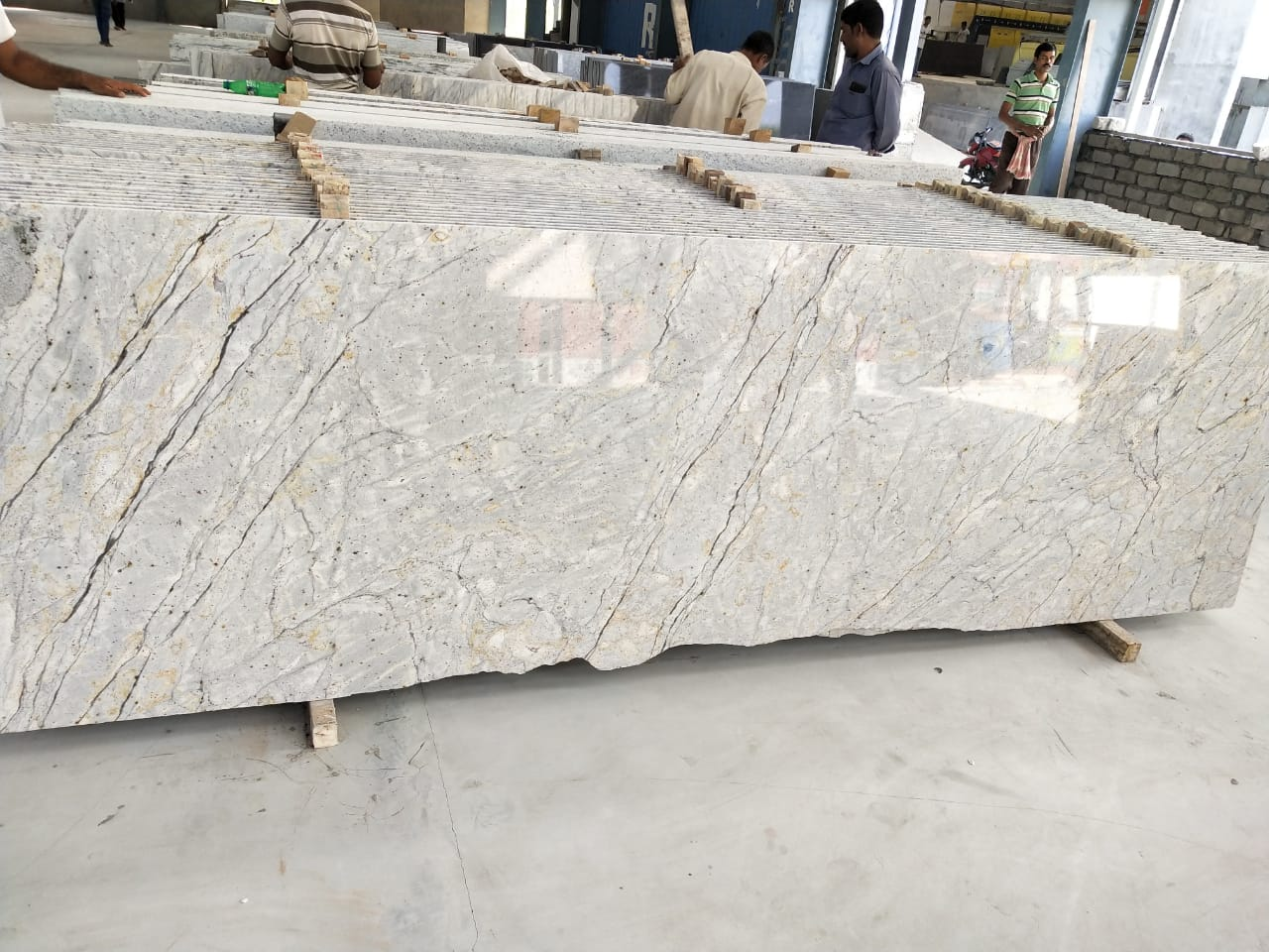 River Gold Granite Slabs