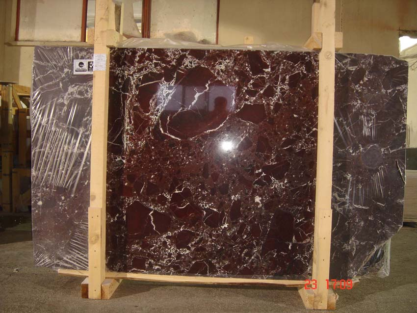 Rosso Levanto red marble