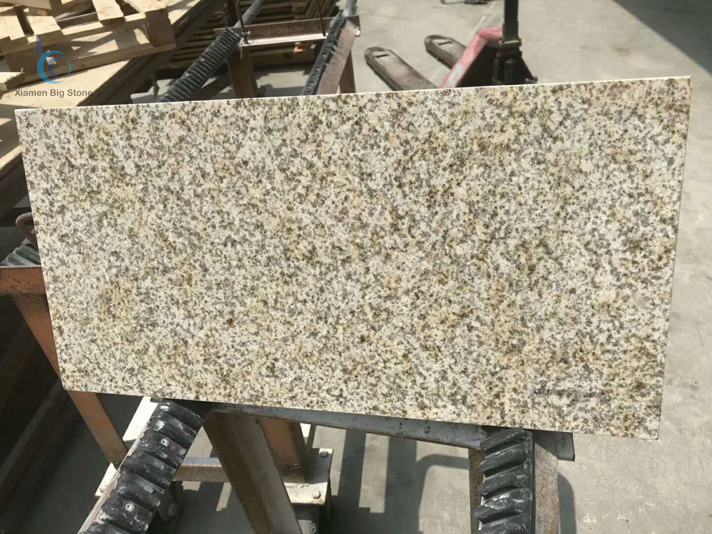 Granite G682 Rusty Yellow Tile