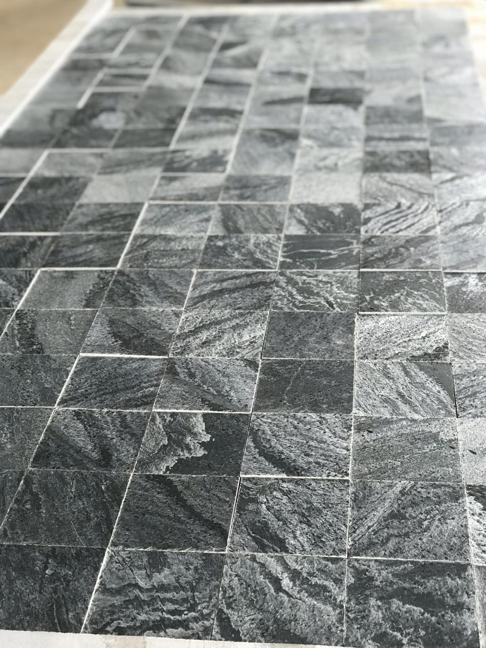 Silver Grey - Polished - 100x100 mm Tiles