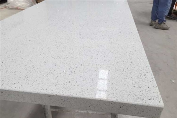 Sparkling Quartz Stone Kitchen Island Top