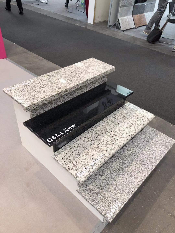 G439 stairs